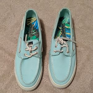 Sperry Boat Shoes New Without tags size 7.5